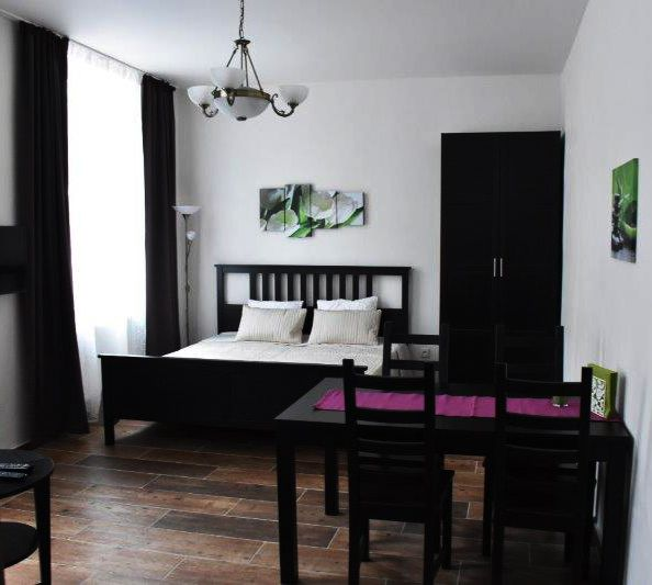 Apartments Tulip's Lake New and luxurious holiday apartments, 2 room apartment suitable for up to 6 people. Lake Lipno